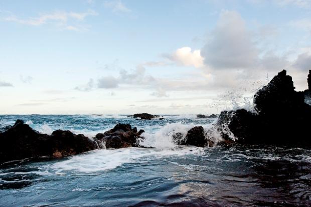 res-sand-beach-hana