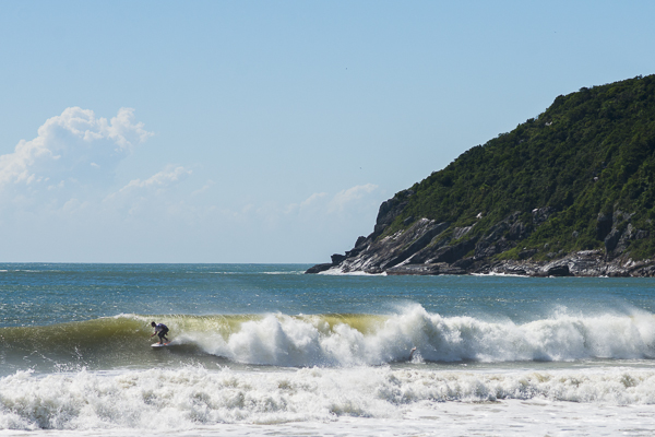 surfing in floripainopolis
