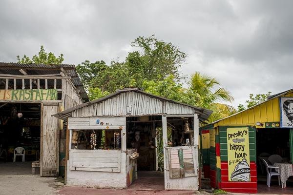 hut in negril